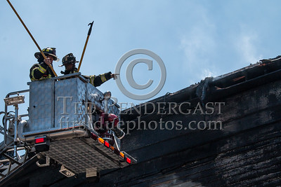 Lowell MA: 2 alarms at 181-185 Smith St corner Liberty
