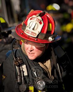 Wakefield MA - 4 Alarms House Fire 28 Richardson St