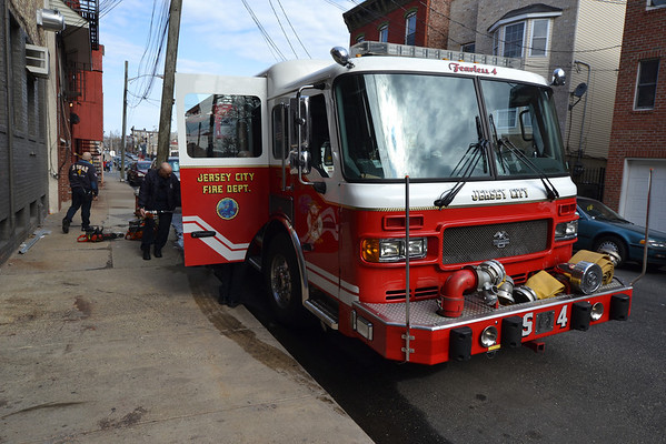 Jersey City, NJ - Squad 4/Rescue 1 - BrettsFirePhotos