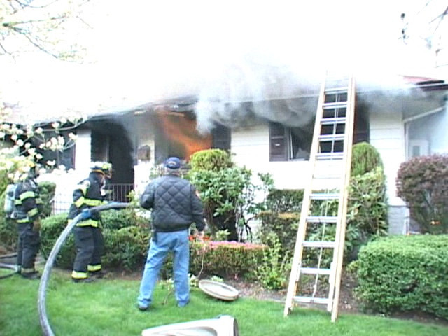 South Farmingdale F.D. Signal 10 15 Lyons Ave.<br /> 4/27/08