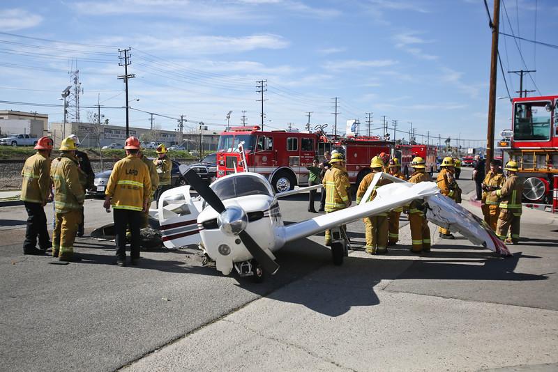 San Fernando IC - LAFD Small Plane Crash - Feb. 22, 2016