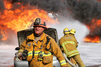 """Tujunga IC"" LAFD Major Emergency Auto Recycling Yard Fire"