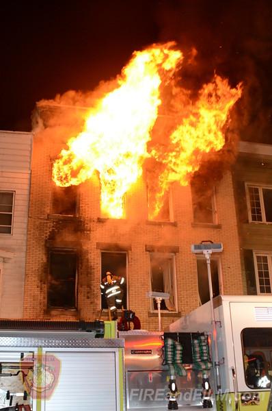 Schuylkill County - Mahanoy City - Dwelling Fire - 04/06/2013