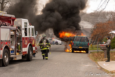 12/22/2014 11:40 hrs. Brookhaven Car Fire-Lambui