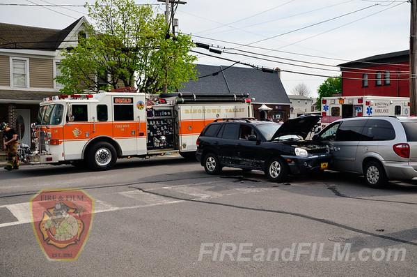 Schuylkill County - Ringtown Borough - MVA w/ injuries - 05/09/2014