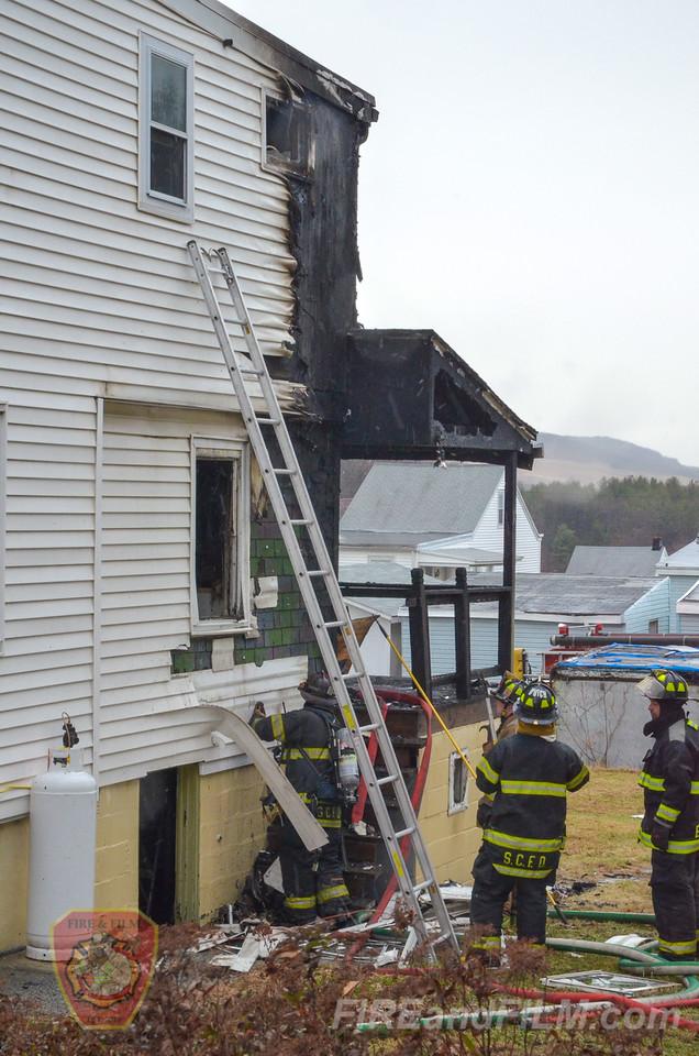 Schuylkill County - St. Clair Borough - Dwelling Fire - 12/09/2014