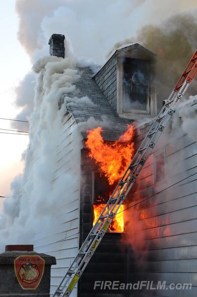 Schuylkill County - Shenandoah Borough - 2 Alarm Dwelling Fire - 01/07/2014