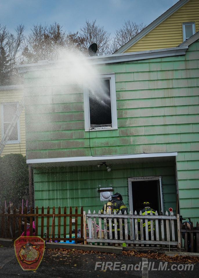 Schuylkill County - Pottsville City - Dwelling Fire - 11/13/2015