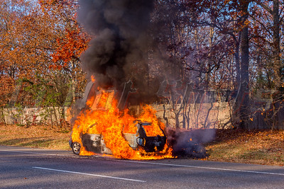 11/18/2016 Car Fire in Ridge, NY
