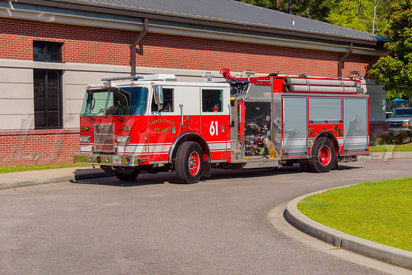 6/17/2016 United States Air Force Fire Engine (Pumper)
