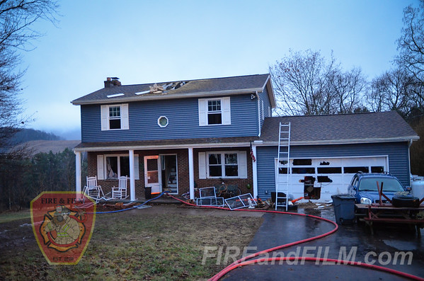 Schuylkill County - Ringtown Borough - 2nd Alarm Dwelling Fire - 01/20/2017