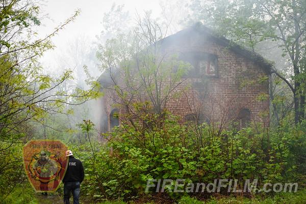 Schuylkill County - Shenandoah Borough - Trash Fire - 05/06/2017