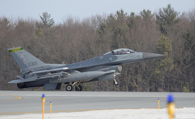 Fenway 21, Vermont Air Natl Guard F16 lands at Burlington (Vt) Airport after declaring an in flight emergency.