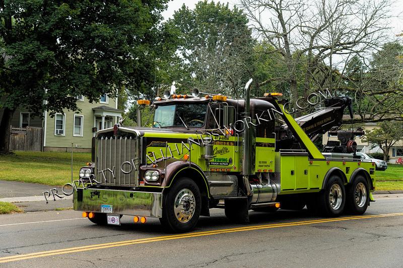 Center Towing heavy duty wrecker