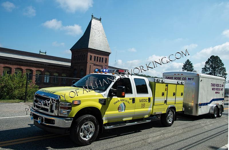 Farmington Tunxis Medic 16 & water rescue unut