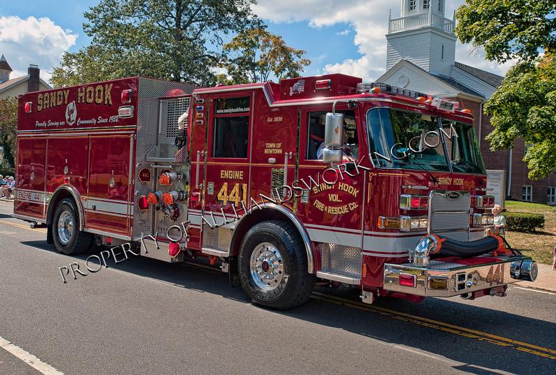 Newtown Sandy Hook Engine 441