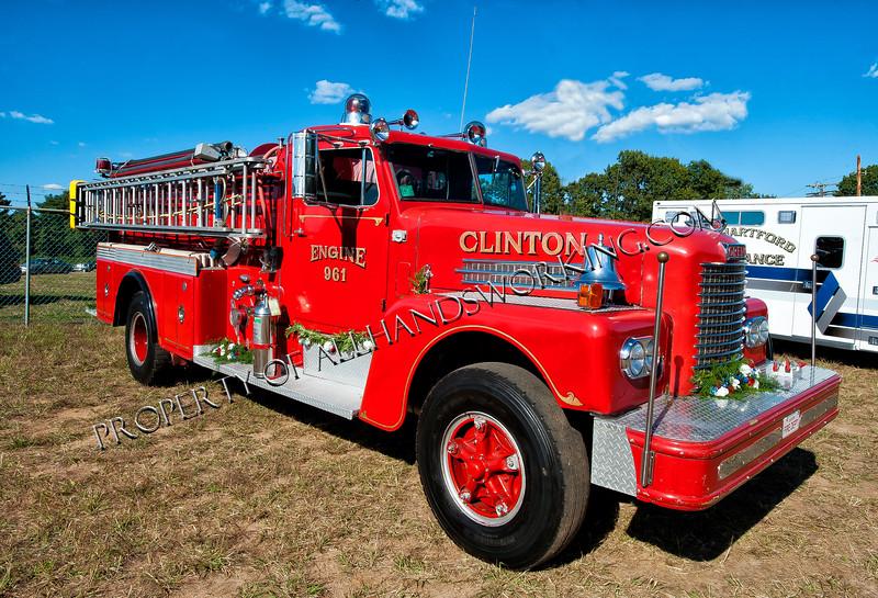 Clinton 961