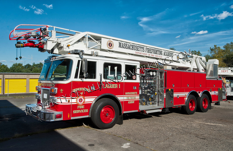 Massachusetts Fire Academy Ladder 1