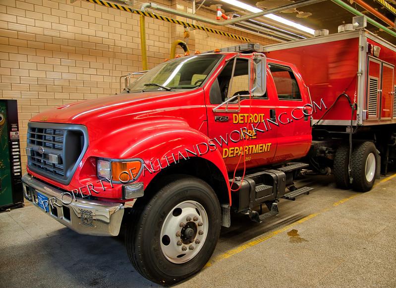 Detroit Mobil Decon Unit Cab