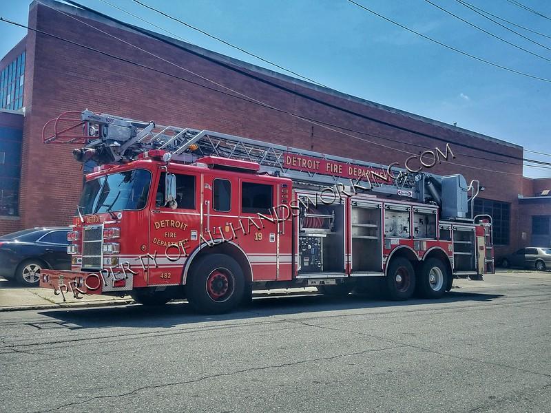 Detroit Ladder 19