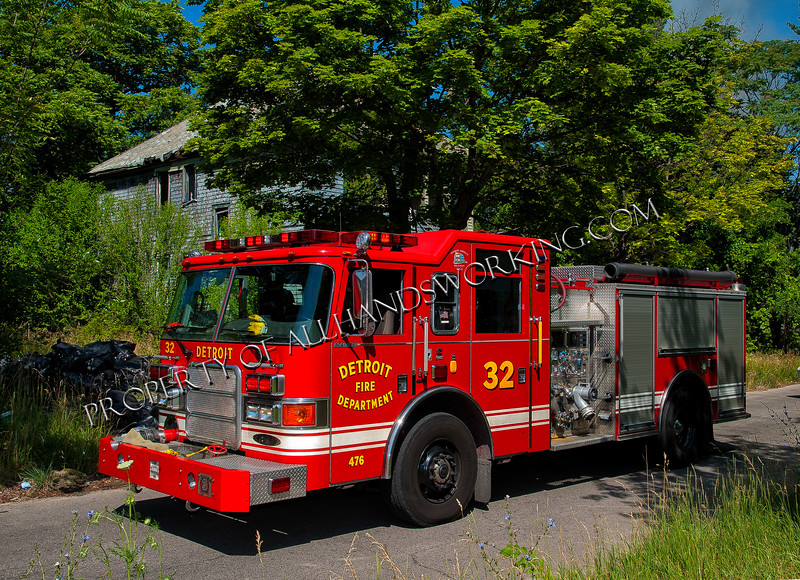 Detroit Engine 32
