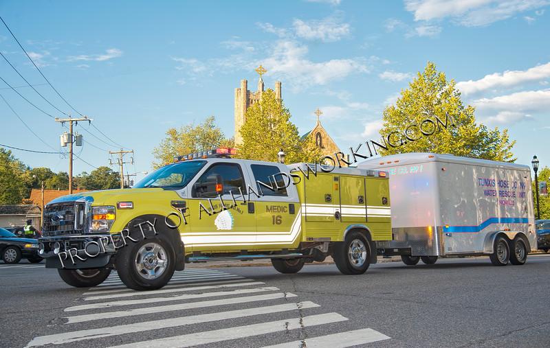 Farmington Tunxis Hose Medic 16 w-water rescue unit