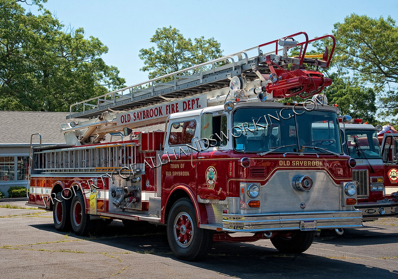 Old Saybrook Ladder 372