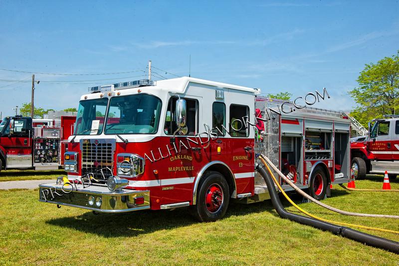 Oakland Mapleville, RI Engine 13