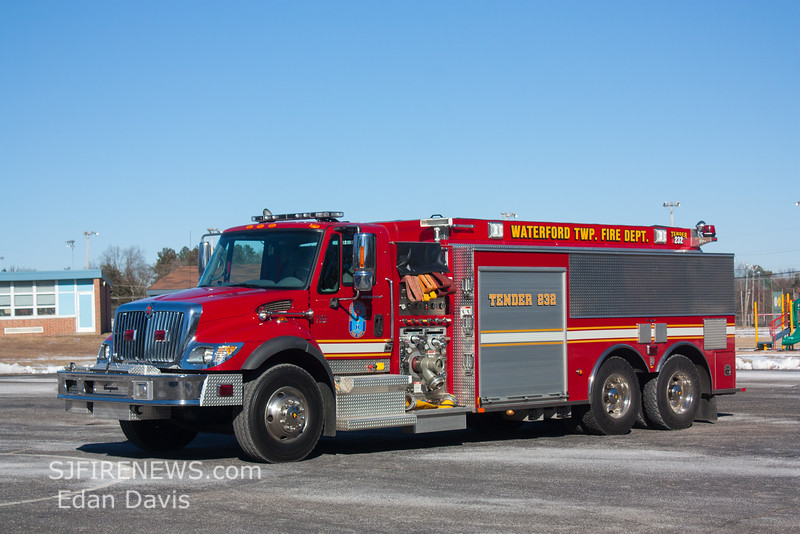Waterford Twp, Camden County NJ, Tender 232, 2007 International - Seagrave, 1250-3000, (C) Edan Davis, www sjfirenews (5)