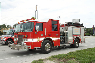 Osceola County Fire/Rescue Reserve Engine Pierce pumper