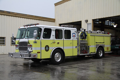Engine 21, 2004 Emergency One 1750GPM/500 pumper.