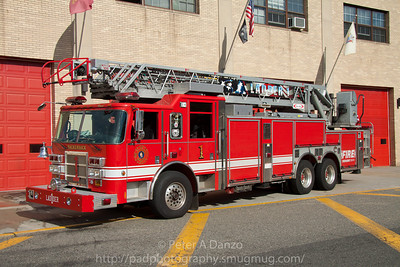 Hackensack NJ Ladder Co.1, 2003 Pierce 105' rear mount aerial