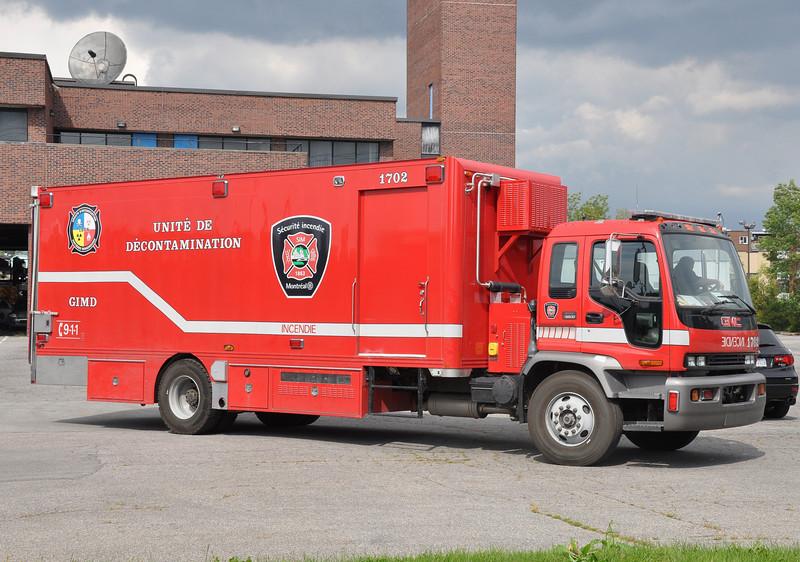 Montreal FD DECON 1702<br /> 2005 GMC C5500/Metal Grenier