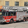 Montreal FD Ladder 423<br /> 2009 E-One Cyclone II<br /> 100'