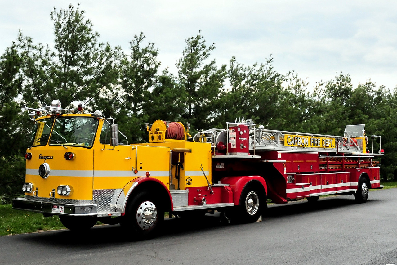 GREENSBURG, PA (CARBON FIRE DEPT) 1970 SEAGRAVE 100 ft Tiller  NOW PRIVATELY OWNED