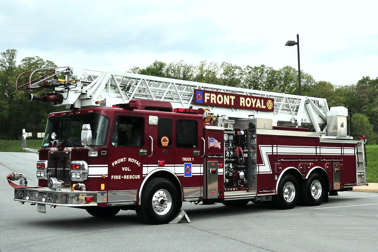 FRONT ROYAL TRUCK 1 - 2003 SPARTAN/SMEAL 1500/ 400/ 40A/ 105ft