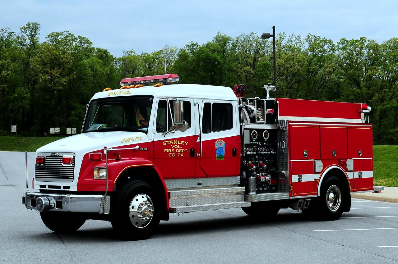 STANLEY, VA ENGINE 2   2000 FREIGHTLINER FL80/NEW LEXINGTON 1500/ 1000