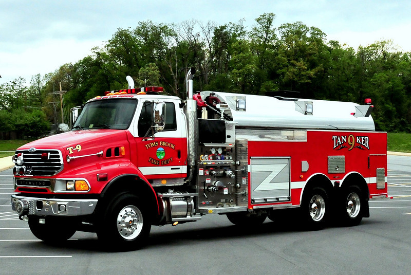 TOMS BROOK, VA TANKER 9   2005/2007 STERLING/ SEAGRAVE 1750/ 3500