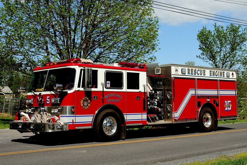 ROUND HILL, VA RESCUE-ENGINE 15  1996 PIERCE ARROW 1250/ 500/ 40B