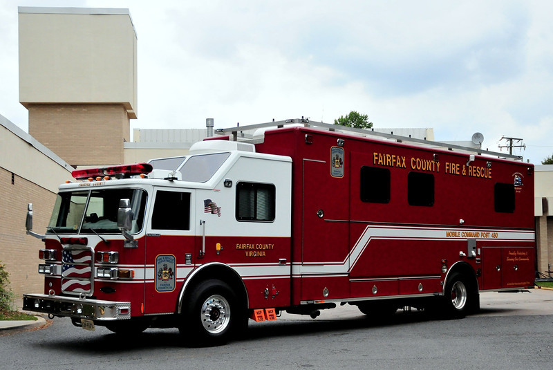Fairfield  County  Va     Mobile  Command  Unit   430   2005  Pierce  Enforcer