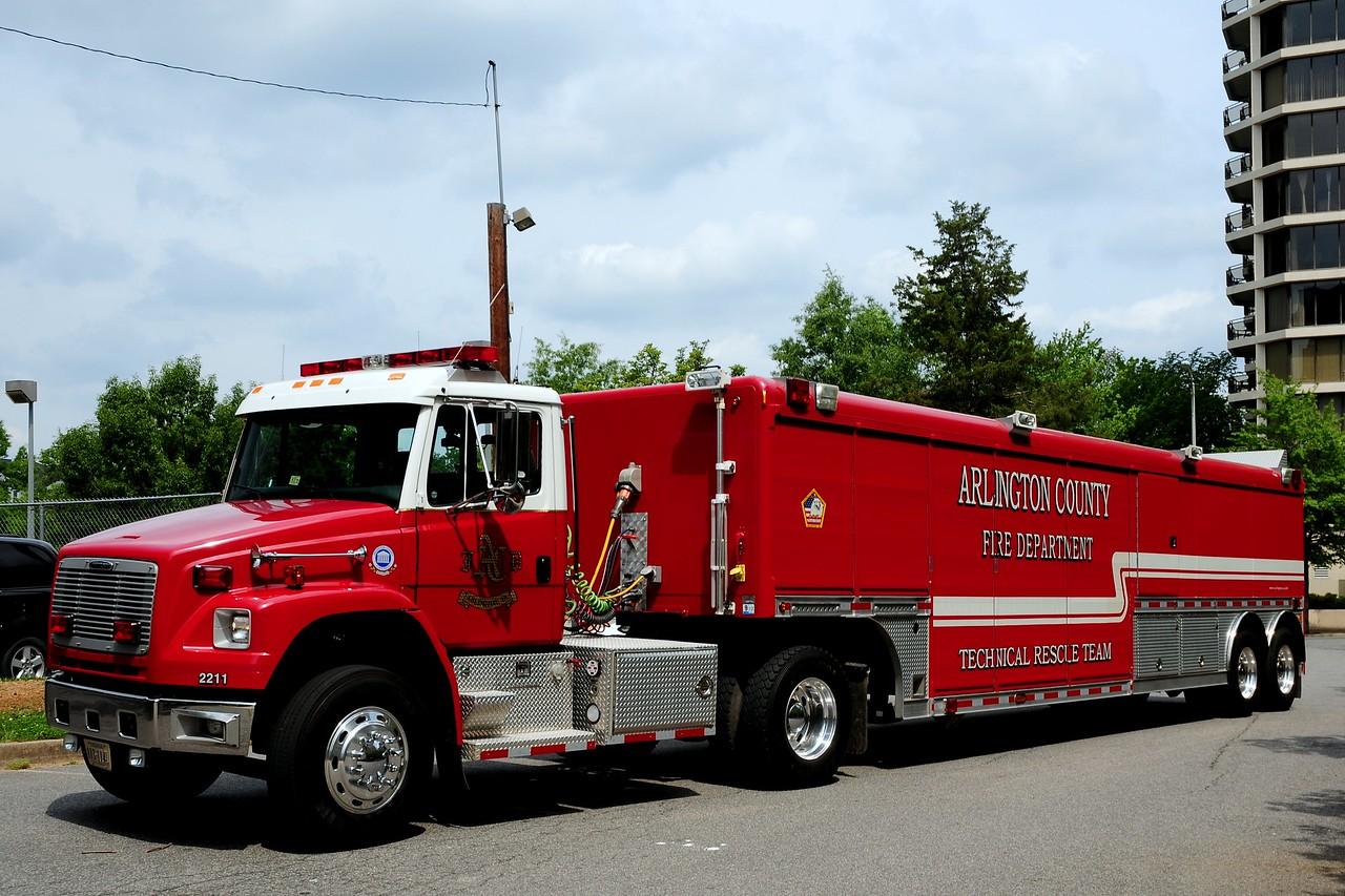 Arlington County   Technical  Rescue  Team , 2003  Freightliner/ Hackney