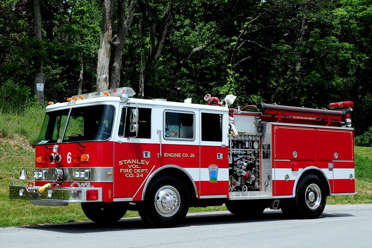 Stanley  Vol Fire Dept     Engine  26   1986  Pierce  Arrow  1250/ 750   Ex- Mclean  Va