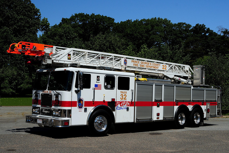 Allentown Road   Truck  22   2005 Seagrave  100 Ft