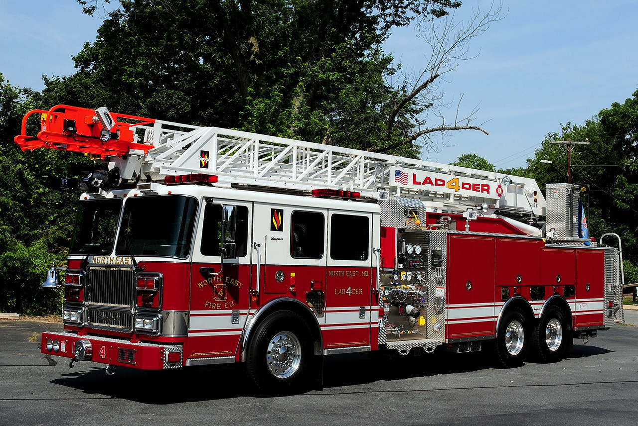 North East Fire Co  Ladder 4  2009 Seagrave Marauder II   2000/ 500 110 Ft