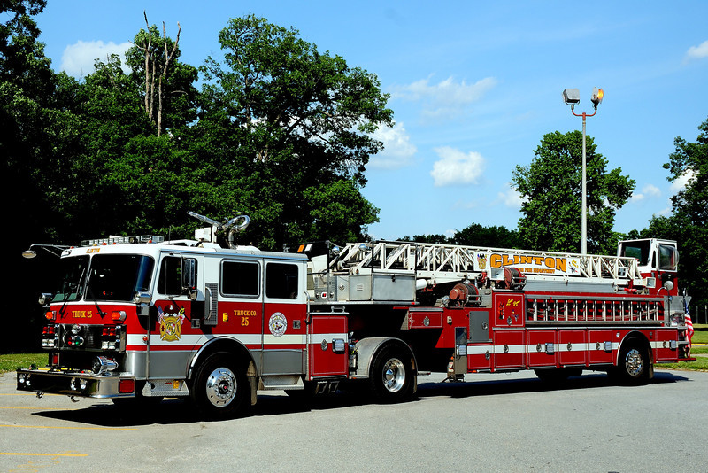 Clinton Fire Dept    Truck  25   1992  Penfab/ LTI  100ft