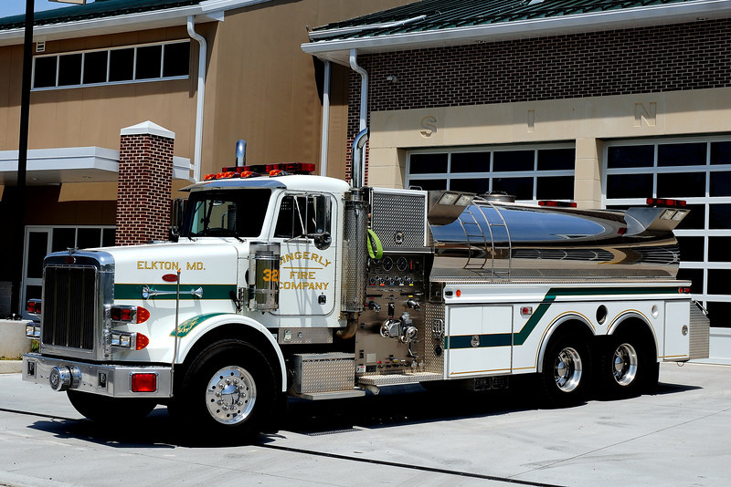 Singerly Fire Co  Tanker  13  1997 Peterbuilt/ 4 Guys  1500/ 3500