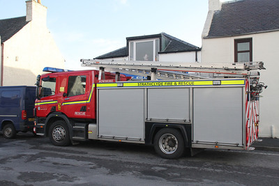 Bowmore appliance queues for fuel