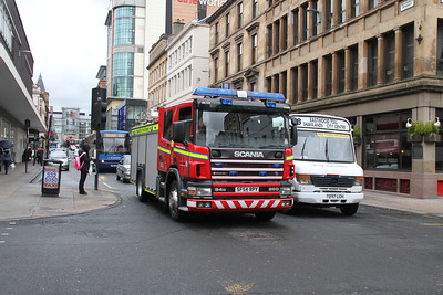Scania 94D 260 SF54RPY on Renfield Street