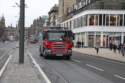 SN09BJY is presumably McDonald Road bound on Princes Street