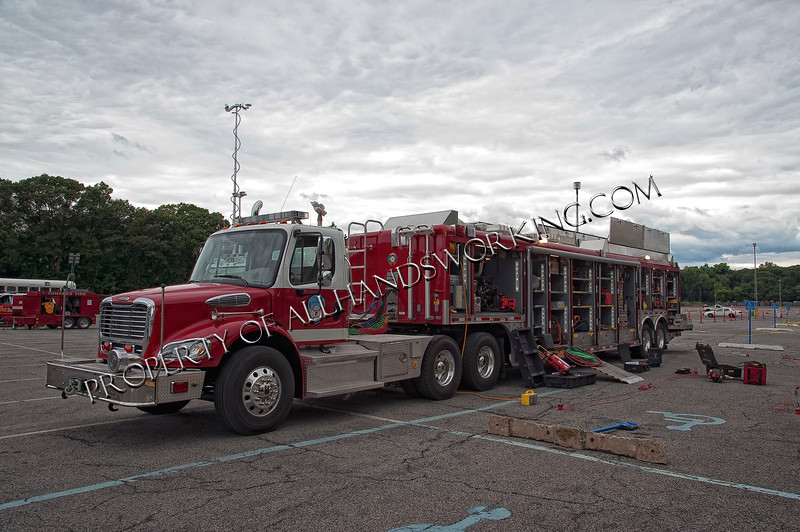 Yonkers FD USAR Truck